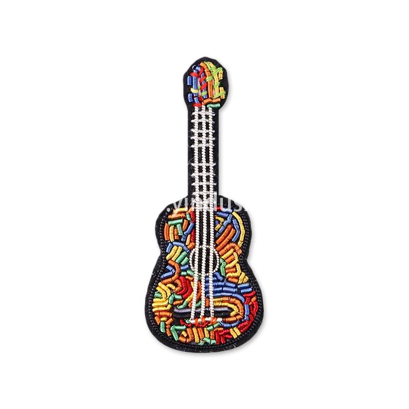 法国设计印度丝饰品手工刺绣民谣吉他别针卡通胸针衣服配饰胸章