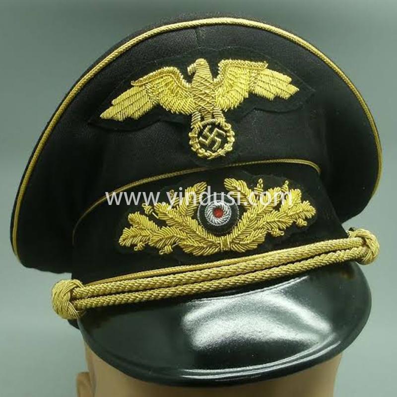 二战德国军帽大全,纳粹军衔设6等20级,第二次世界大战期间纳粹德国的三大名将。