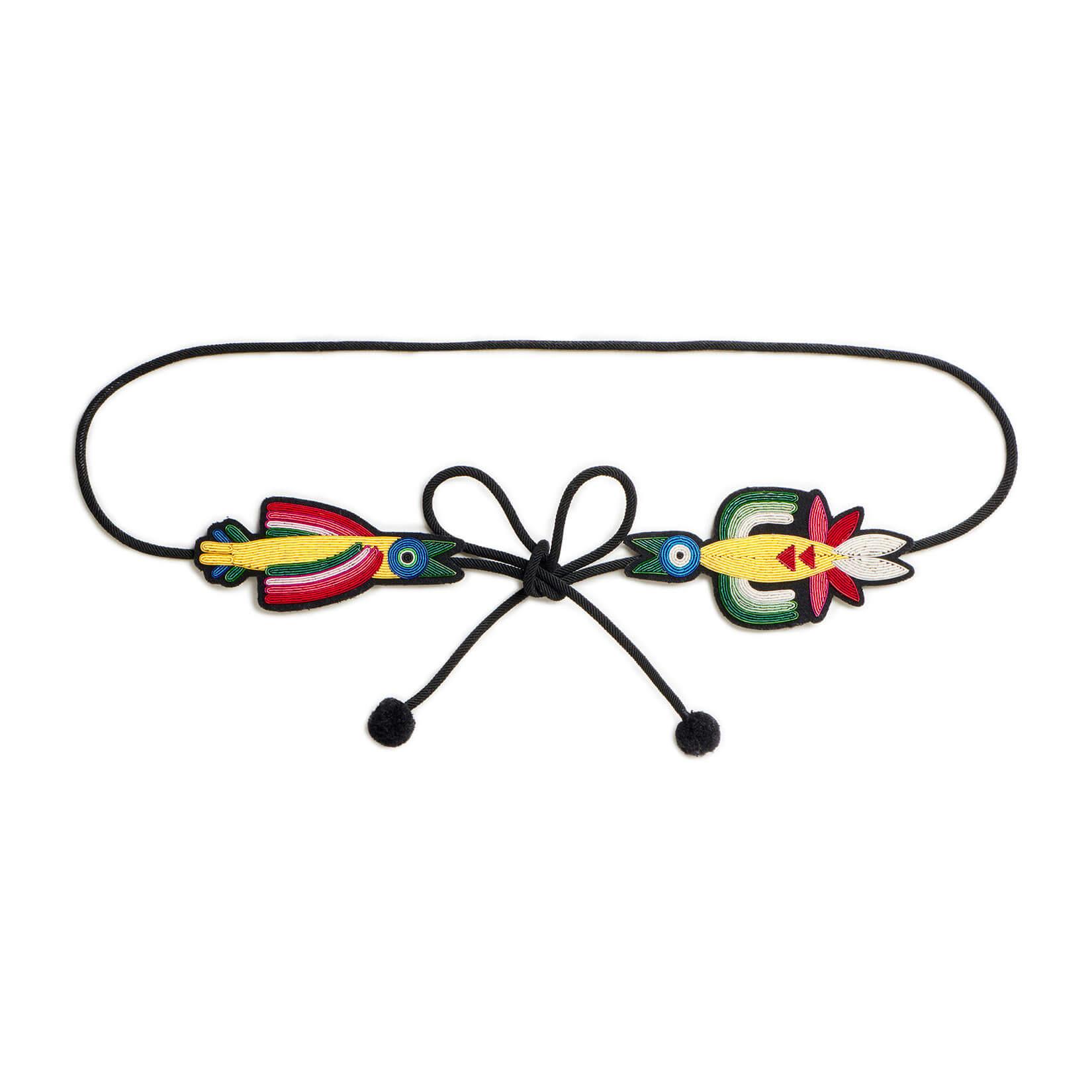 印度丝手工刺绣鸟类腰带,我们美丽的刺绣故事很好地突出了您的腰部。