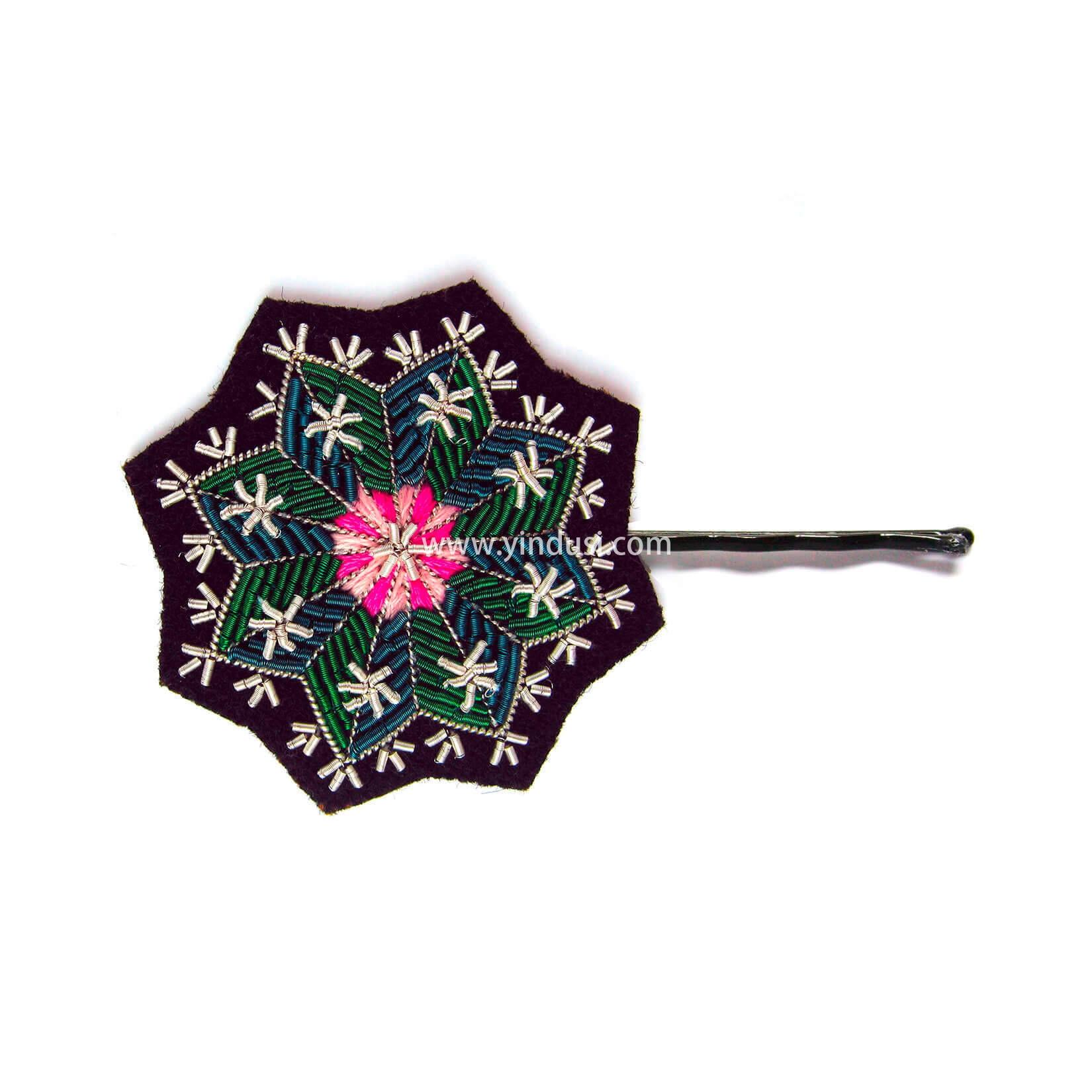 印度丝徽章工厂定制手工刺绣金属丝雪花胸针发夹头饰,仙人掌花在您的头发中……