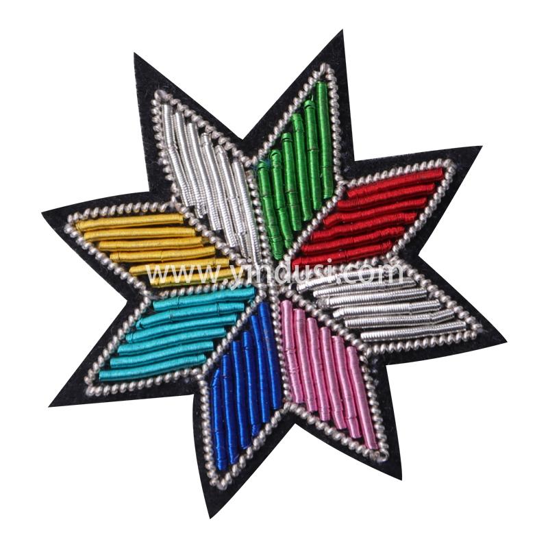 印度丝徽章工厂定制手工刺绣金属丝阿帕奇花胸针定做衣服包包饰品