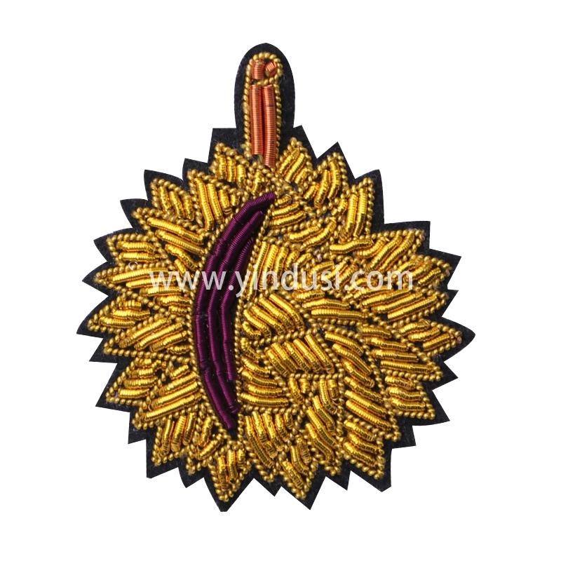 印度丝徽章定制工厂金属丝手工刺绣榴莲胸针定做创意时尚百搭衣服包包饰品