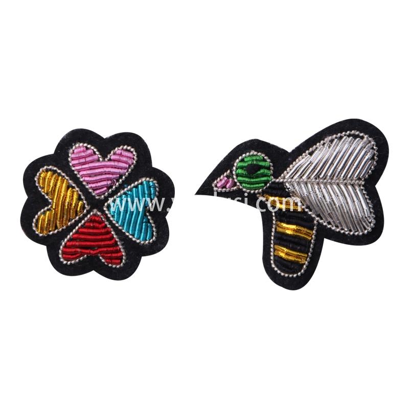 印度丝徽章定制工厂金属丝手工刺绣蜜蜂采花卡通胸针定做时尚包包衣服配饰