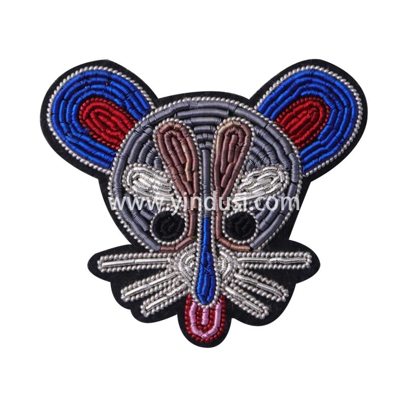 印度丝徽章定制工厂金属丝手工刺绣米老鼠头卡通胸针时尚包包衣服配饰定做