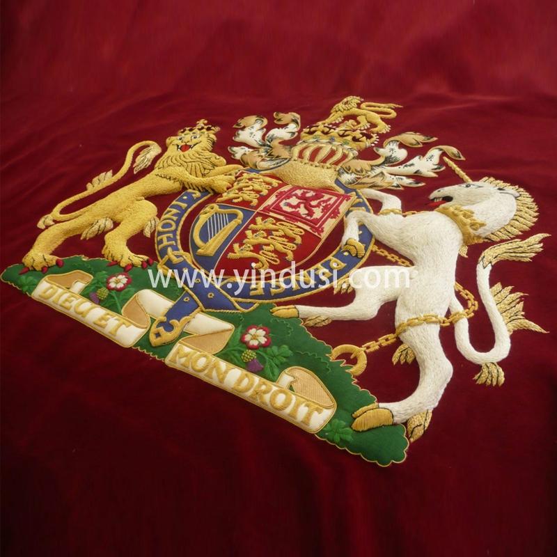 印度丝徽章定制工厂金属丝手工刺绣英国国徽定做加工影视道具