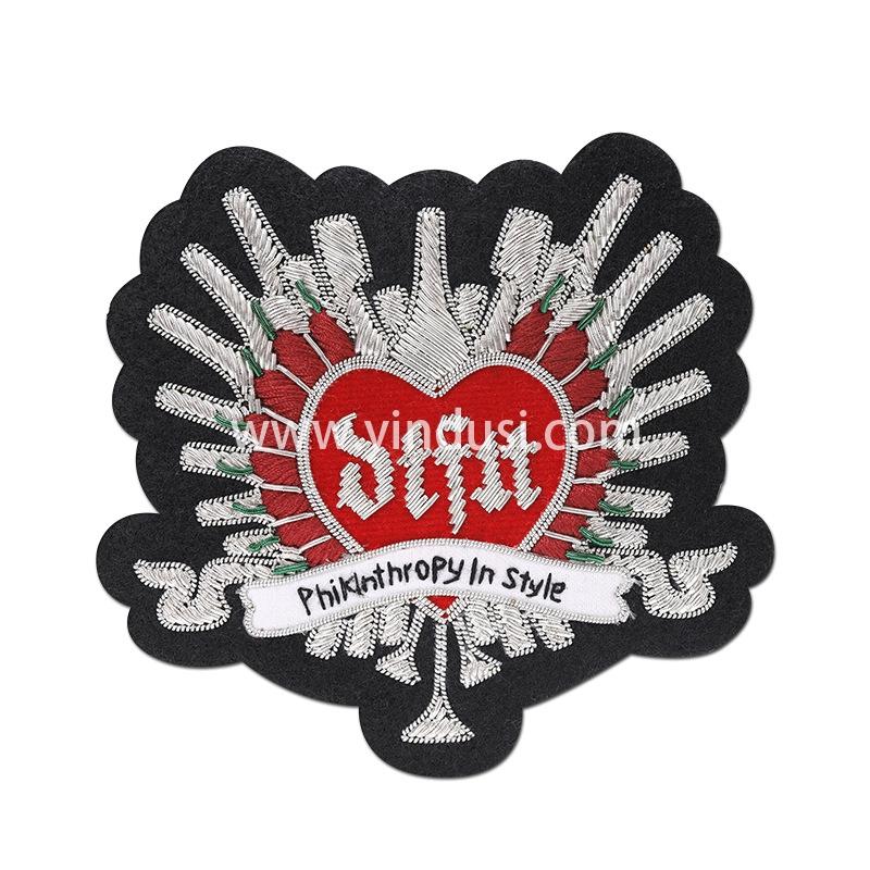 印度丝手工刺绣金属丝高端定制徽章大牌服饰布贴徽章定制